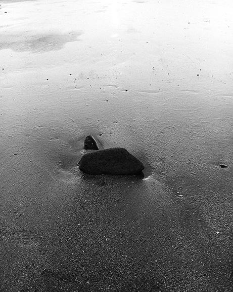 http://www.conorwootenphoto.com/files/gimgs/11_beachrockedit.jpg